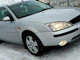 Ford Mondeo, 2002 154900 км.